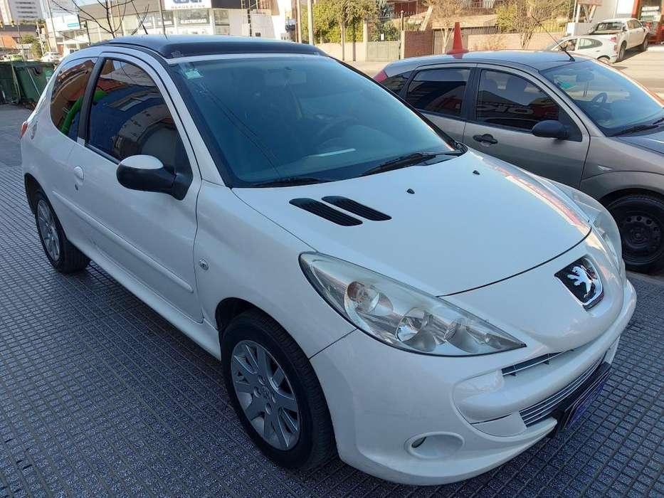 Peugeot 207 Compact 2011 - 96000 km