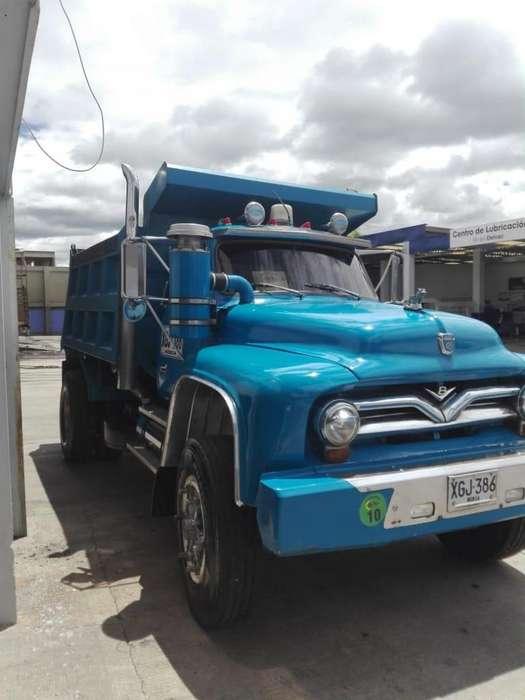 Volqueta Ford 1953