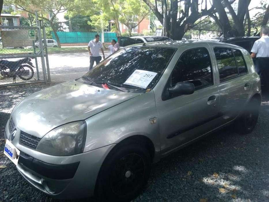Renault Clio  2007 - 172537 km