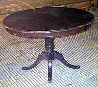Categorica mesa estilizada redonda pata sheraton reina ana lustrada ingles un lujo caoba recibidor