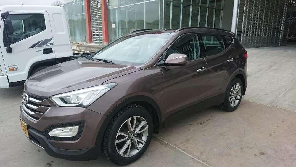 Hyundai Santa Fe 2013 - 23700 km