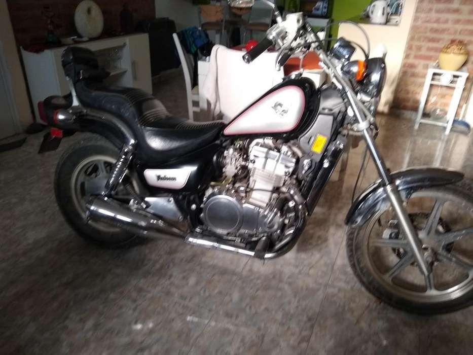 Vendo Kawasaki Vulcan 550