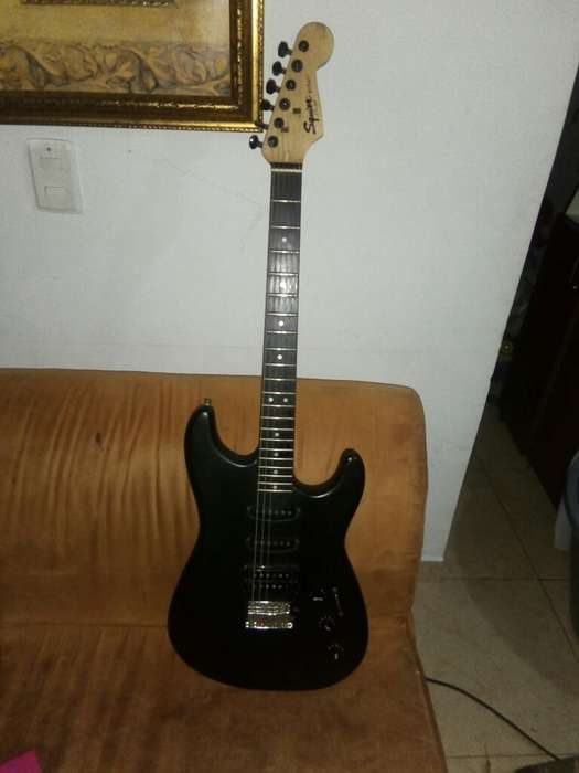 Guitarra Electrica Fender Squier Hss