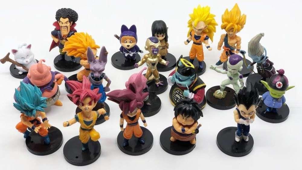 Colección de 20 Figuras de Dragon Ball
