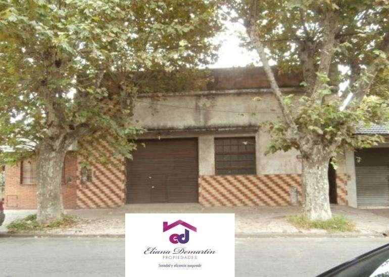 CRUCECITA - AVELLANEDA. ALQUILER DE GALPON DE 170 M2. CON OFICINA Y BAÑO