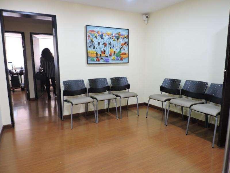 Cod. VBIRE5770 <strong>oficina</strong> En Venta En Bogota Santa Barbara
