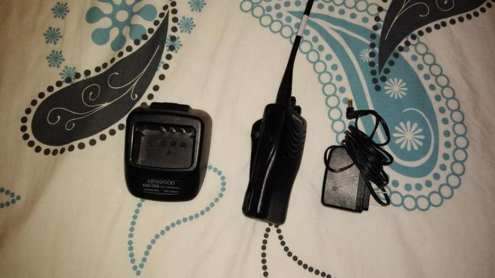 Radiotelefono Handy portatil UHF Kendwood