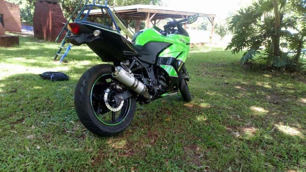 <strong>kawasaki</strong> Ninja 250r Edición Especial
