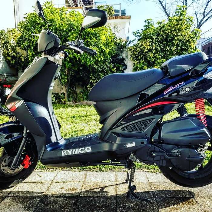Scooter Kymco agility 125 RS naked