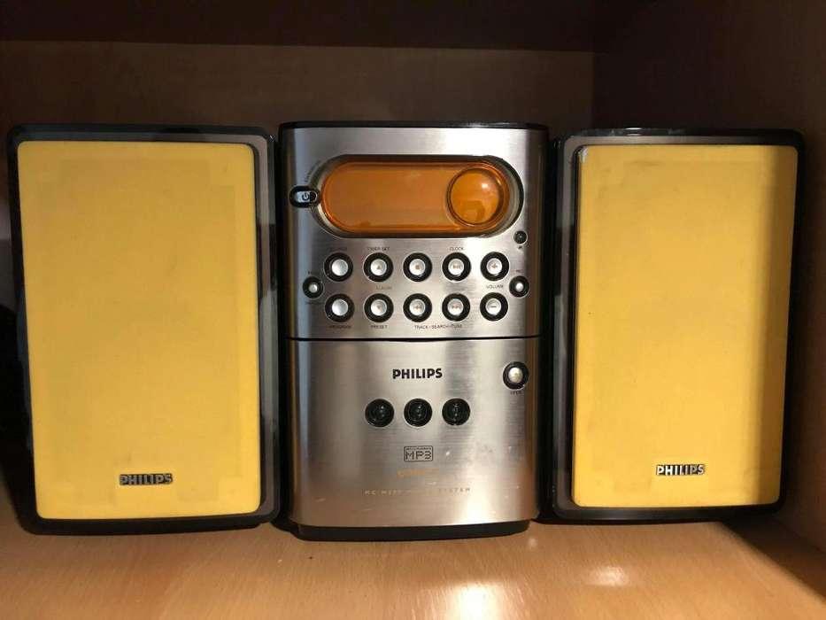 Philips Micro Hi-Fi System MCM250 MP3 Usado muy buen estado!