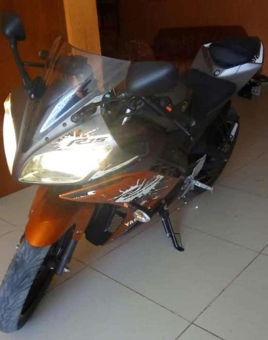 Moto Lineal R15 por Motivo de Viaje