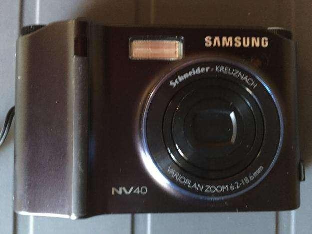 Cámara de fotos Samsung NV40