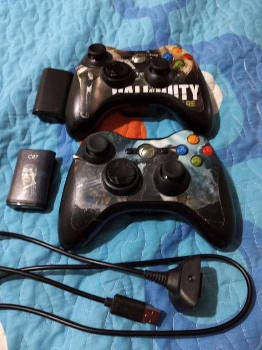 Dos Controles para El Xbox 360