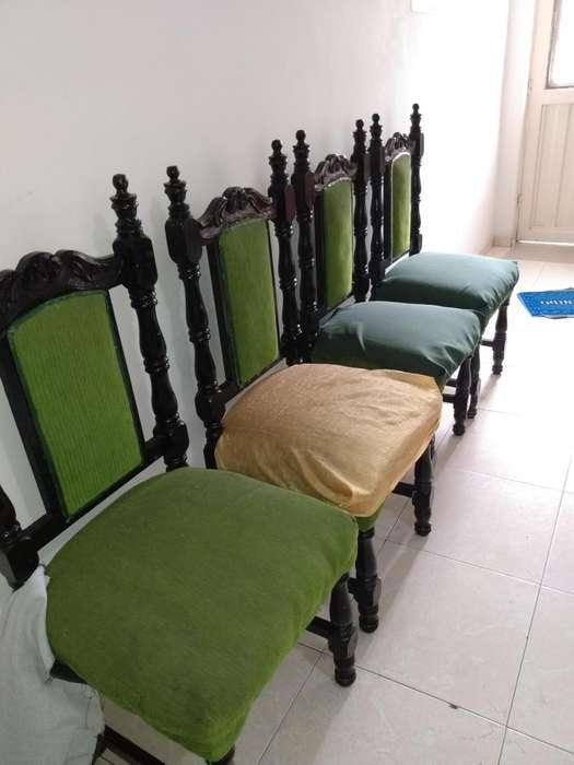 <strong>sillas</strong> de Comedor 4, en madera vendo por motivo de viaje