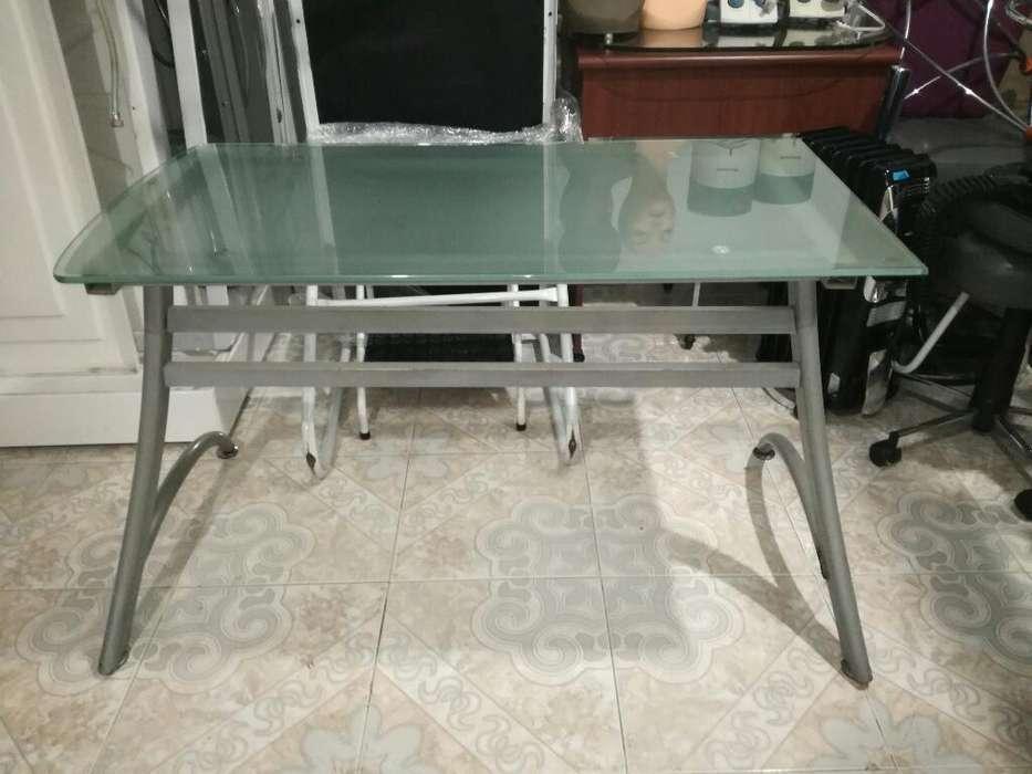<strong>escritorio</strong> en Vidrio