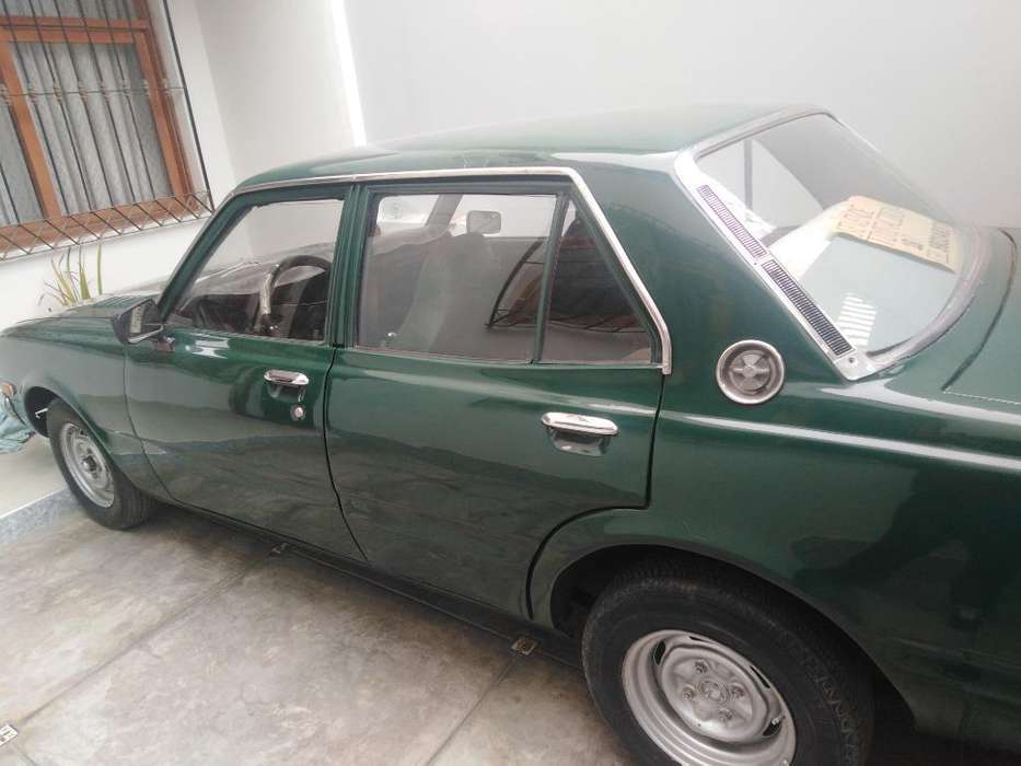 Toyota Corolla 1977 - 100000 km