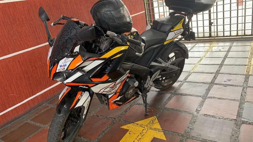 Motocicleta Rs 200 Mod 2017