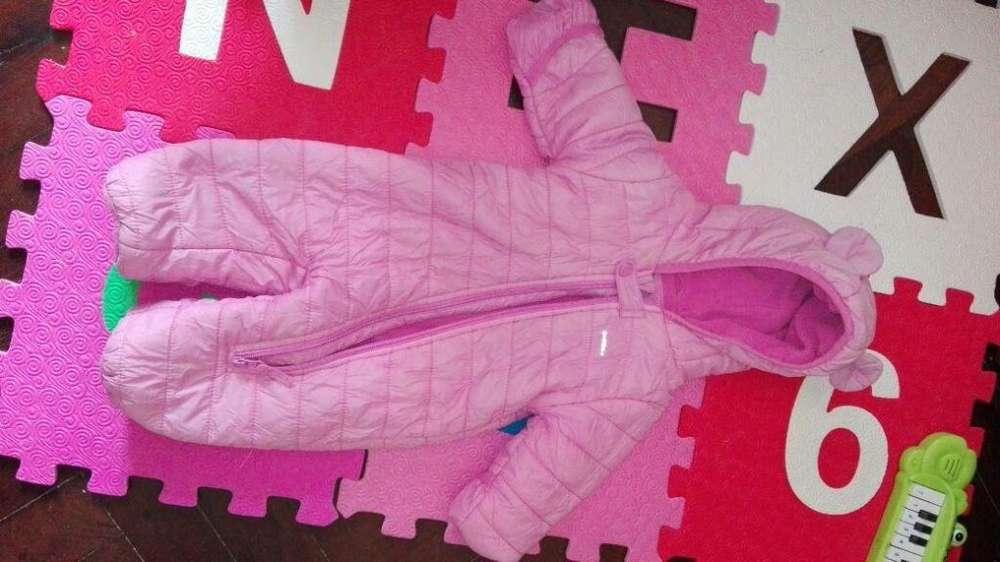 Liquido <strong>abrigo</strong> tipo Astronauta marca Cheeky impecable tamaño: para el 1er año