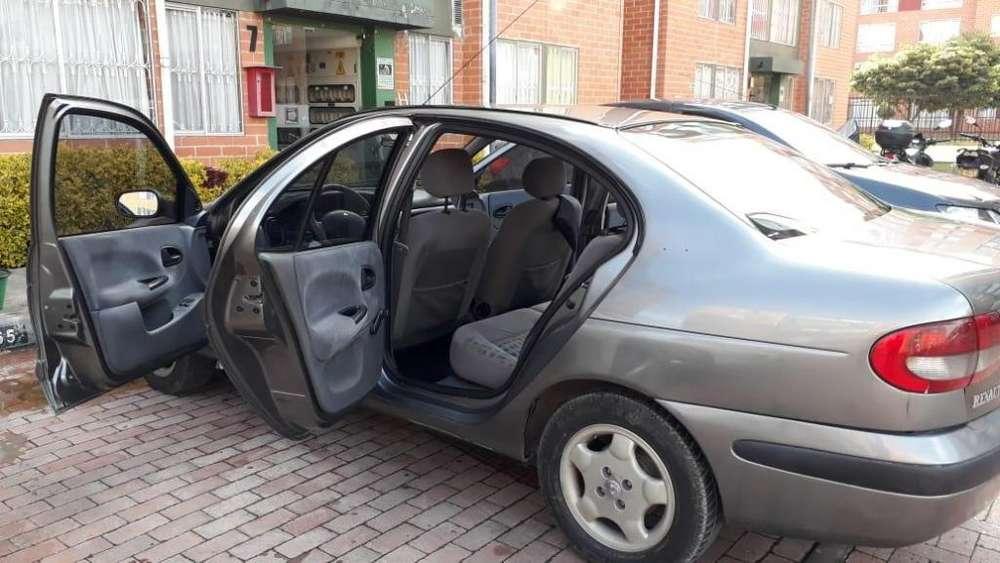 Renault Megane  2001 - 181000 km