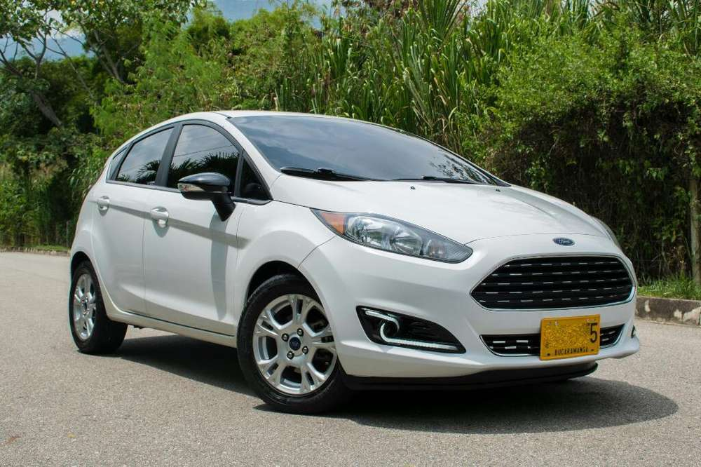 <strong>ford</strong> Fiesta  2015 - 42800 km