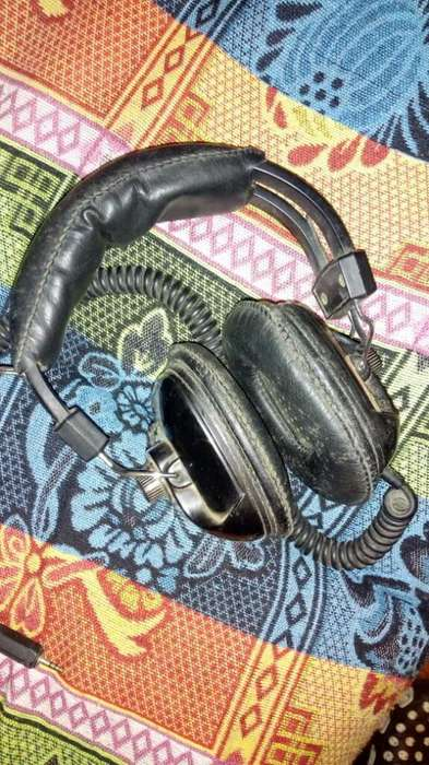 Antiguos Audifonos