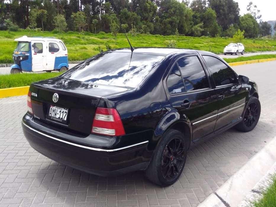 Volkswagen Bora 2006 - 113 km
