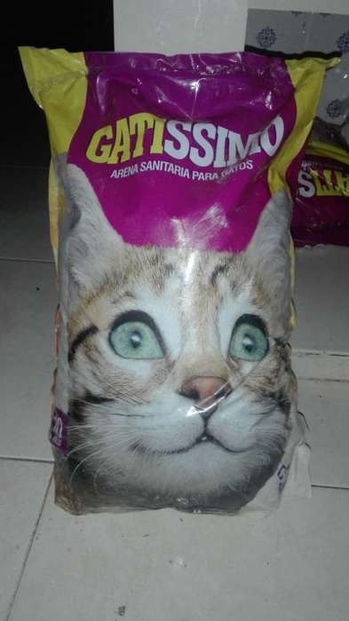 Vendo 4 Bolsas de Arena para Gatos