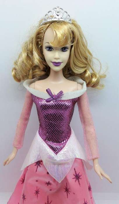 Muñeca Barbie Princesa Aurora Bella Durmiente 1999 Disney