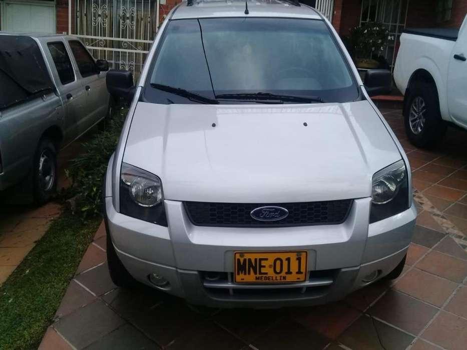 Ford Ecosport 2005 - 102000 km