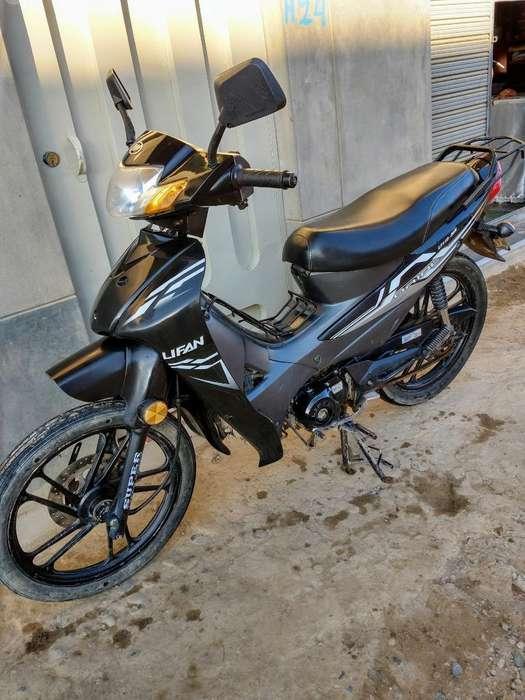 Vendo Moto Lifan 2015