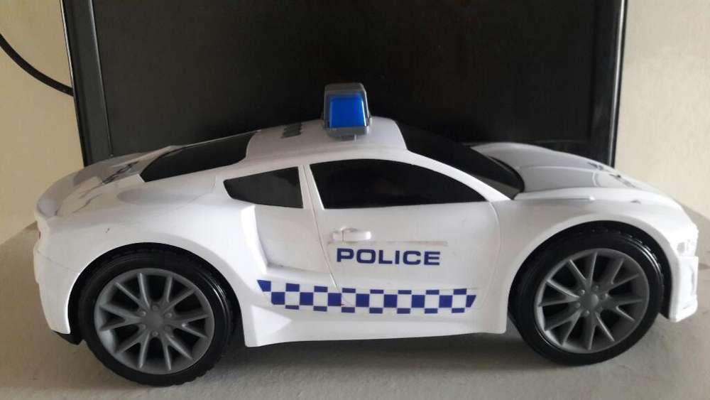 Carro de Policía Grande 40x20cm