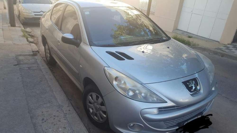 <strong>peugeot</strong> 207 Compact 2011 - 152000 km