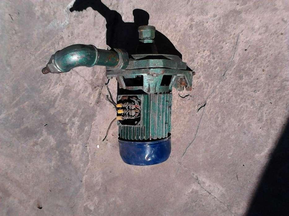 bomba centrifuga trifacica funcionando bien 1.1/2
