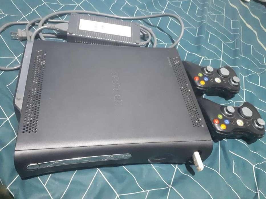 Xbox 360 125gb 3,0