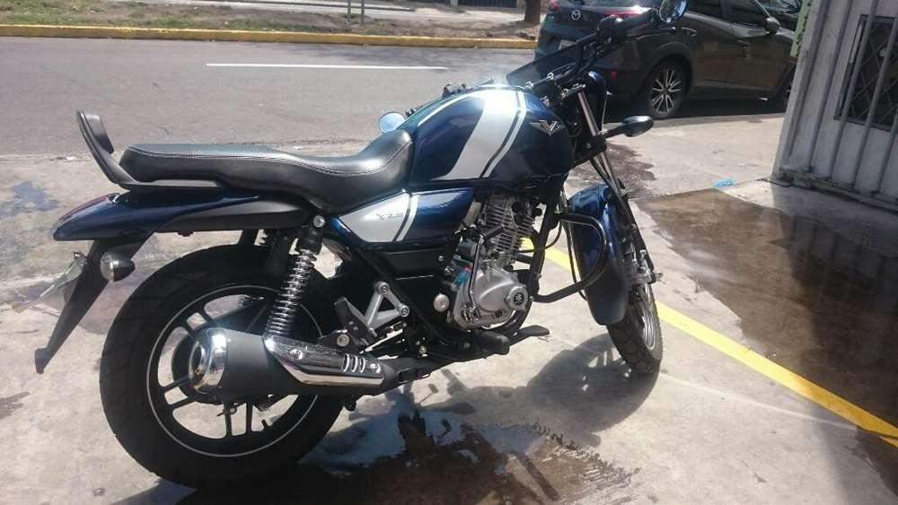 Moto Bajaj V15 Motor 150. 2700km