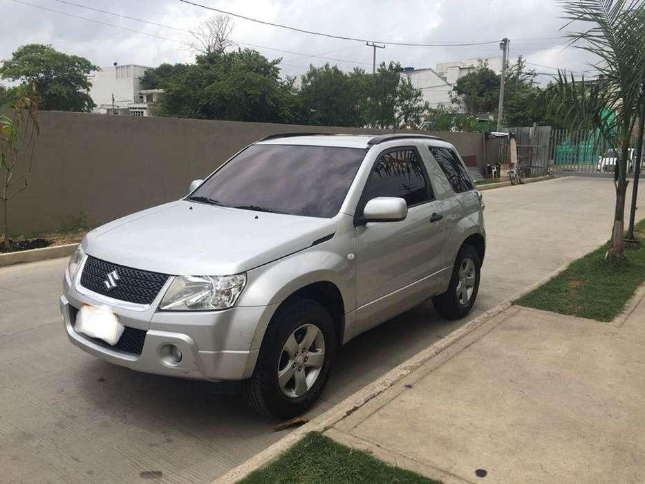 Suzuki Grand Vitara 2013 - 72000 km