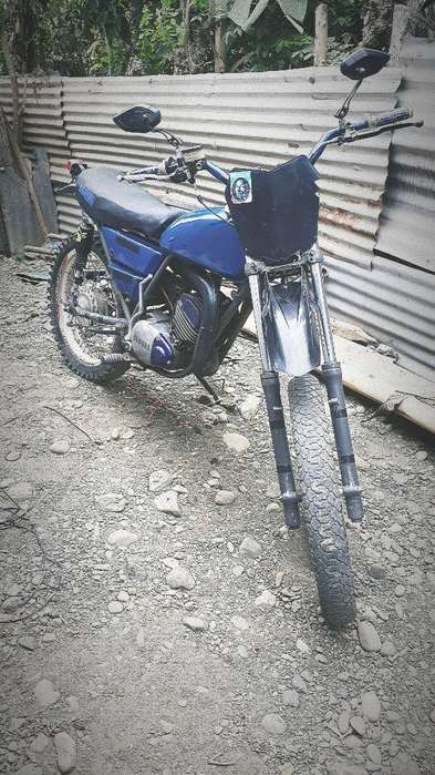 Vendo Yamaha Dt Trail Enduro 175 Solo In