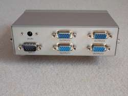 4 Port VGA Splitter MT2504 250MHz