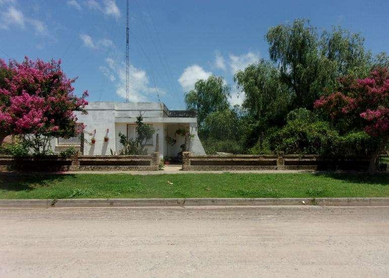 Vendo 2 Casas con <strong>terreno</strong> para Lotear en Arocena - Santa Fe