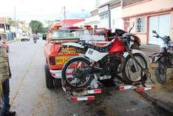 SERVICIO GRUA MOTOCICLETAS DE BAJO Y ALTO CILINDRAJE SERVICIO 24 HORAS EN CALI Y ALREDEDORES TELEFONO 3196111545