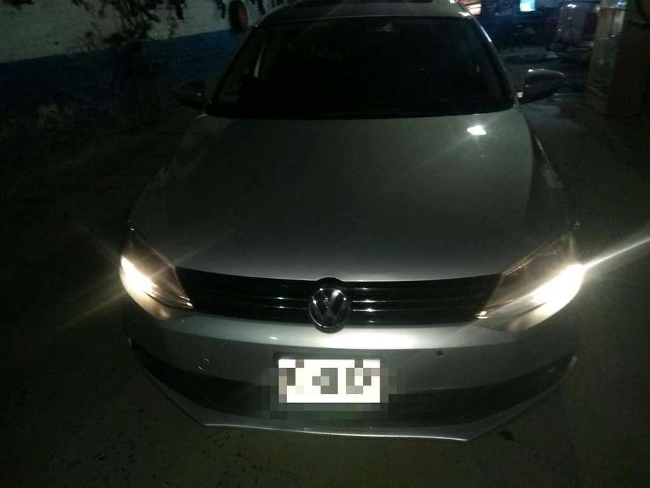 Volkswagen Vento 2012 - 140000 km