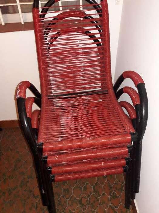 Vendo 4 <strong>sillas</strong> Nuevo sin Mesa