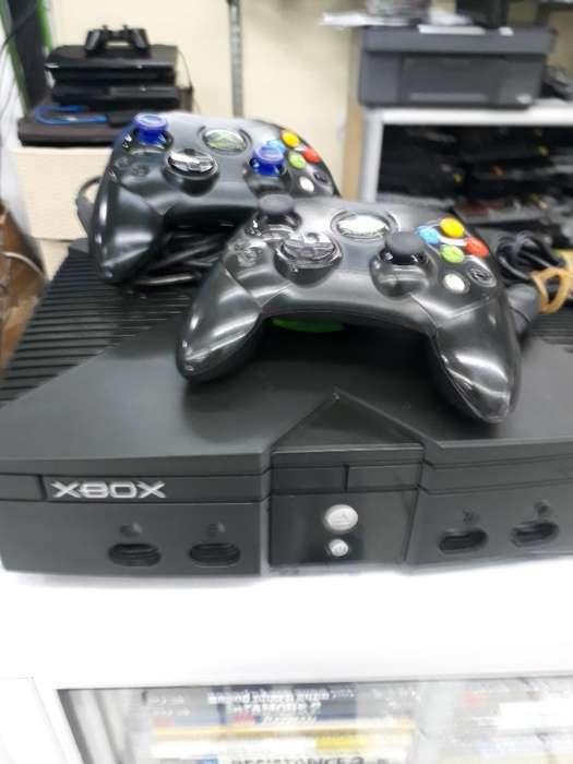 Xbox Uno Dos Controles Originales