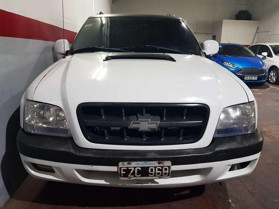 - Chevrolet S10 2.8 (Diesel) DLX 4x4- Año 2006 - Muy buen estado - Papeles al dia listo para transferir -