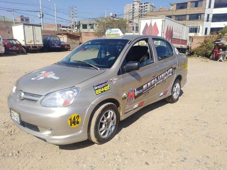 Toyota Yaris 2004 - 200000 km