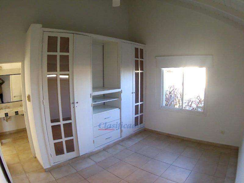 Venta CASA Country Los Cielos, B Valle Escondido