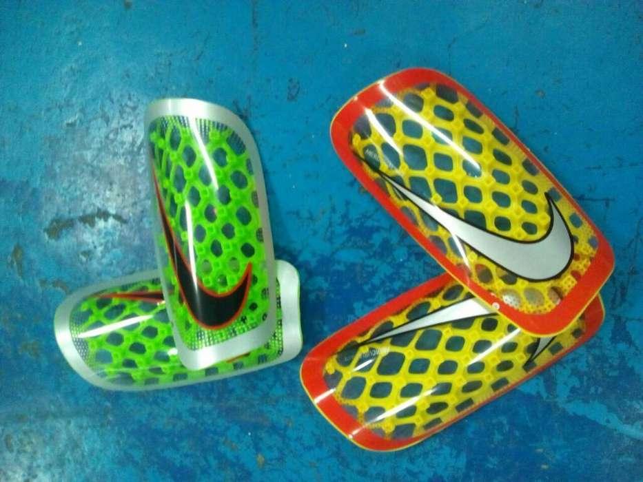 Canilleras Nike Anatómicas Anti Sudor Pr