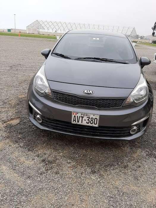 Kia Rio Sedan 2017 - 49000 km