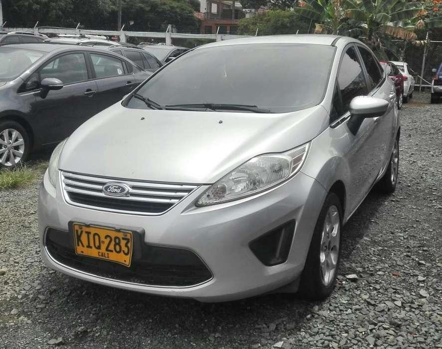 Ford Fiesta  2011 - 113700 km