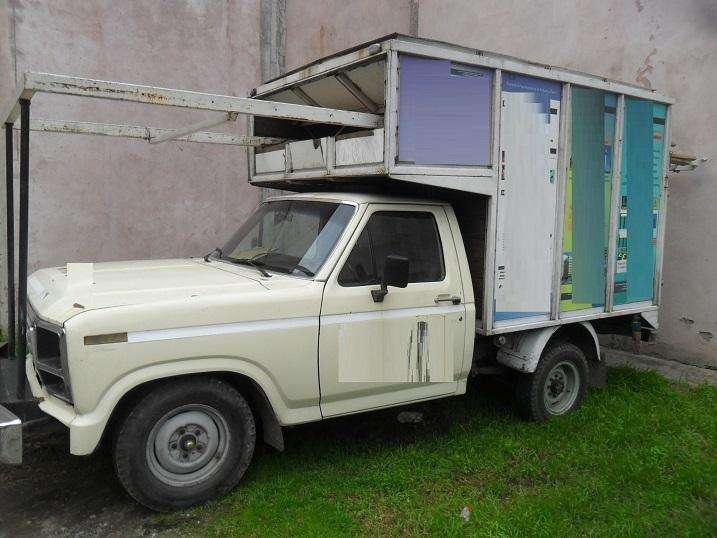 Ford F100 4.2 Nafta C/Simple XL Caja Grande Con Buche